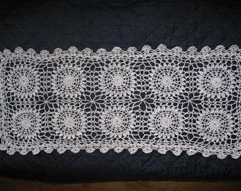 Crocheted Table Runner, Handmade Beige Doily : Beautiful Medallion Work 10.5 x 27 inches