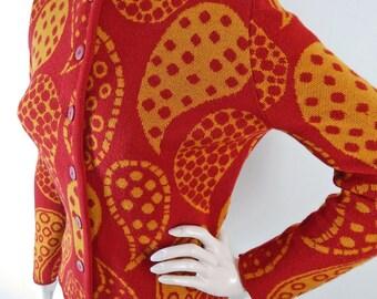 Vintage 1960s Catalina Cardigan – Catalina Jacquard Wool Cardigan – Bold Red and Gold Polka Dot  Paisley Print – size XS to S
