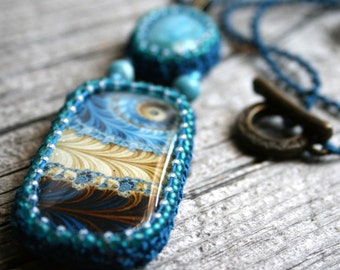 Bohemien Artisan Blue Crackle Agate Tatting Pendant Fiber Beaded Necklace