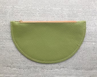 minimal leather zipper pouch - green cosmetic bag for her - modern leather zipper bag - leather pencil holder - minimal design zipper pouch