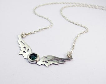 Small Hermes Wings pendant with blue/green tourmaline