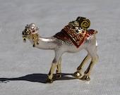 Hinged Camel