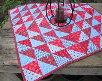 Quilt, table topper, patchwork