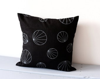 Black and grey geometric pillow cover