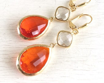Orange and Gold Earrings. Jewel Fashion Earrings. Orange Dangle Earrings. Drop Earrings. Gift. Beach Wedding Jewelry.