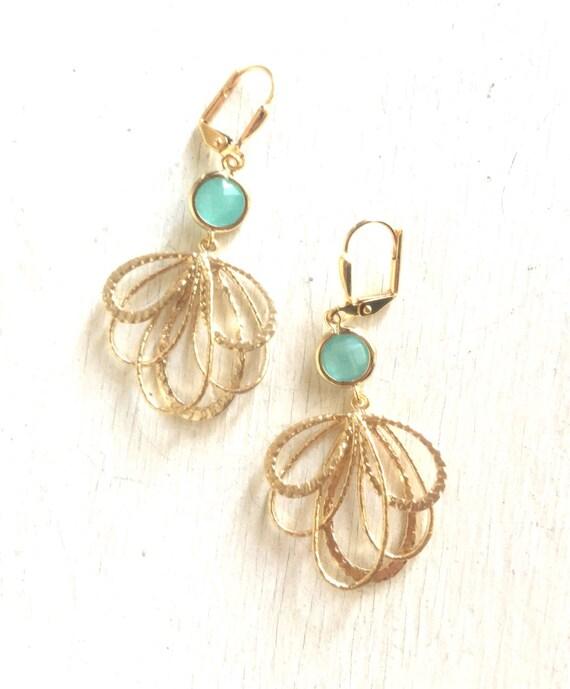 Aqua Dangle Earrings in Gold. Multiple Teardrop Drop Earrings. Mint Aqua Jewelry. Bridesmaid Earrings. Gift for Her. Bridal Party Gift.