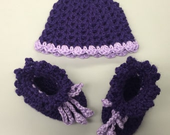 Crochet Baby Booties & Hat Set_Purple