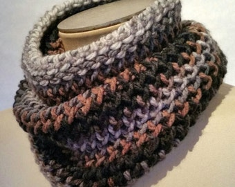 Hand knit scarf, unisex scarf, Cowl Scarf, infinity cowl, infinity scarf, neck warmer, winter accessories