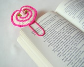 Crochet heart bookmark crochet bookmark crochet heart small gift ideas small birthday gift ideas teacher gift ideas paper clip