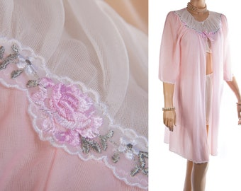 Sensational 'Kayser' double layer soft baby pink and white celon and pretty embroidery detail 60's vintage short sleeve negligee robe - 3592