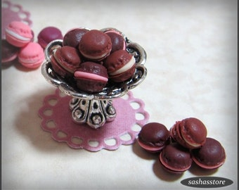 Miniature macaroons for your dollhouse patisserie, french bakery, dollhouse miniatures