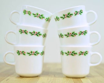 Vintage Corning Christmas Holly Coffee Mugs: Set of Six