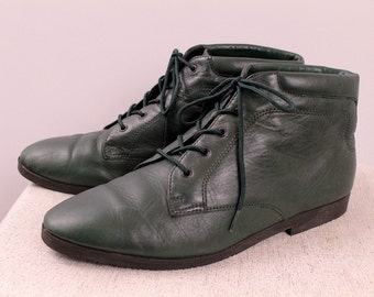 Vintage 80s 90s - Dark Green Leather - Lace Up Ankle Boots - Booties - Shoes - Womens Size 9