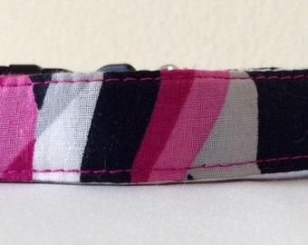 "Fuschia Deco Stripes - Eco Cat Collar (8""-12"")"