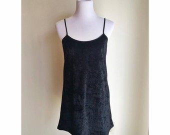 90s Black Velvet Spaghetti Strap Dress