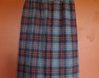 Plaid Pendleton Skirt w/ Pockets, Size 10