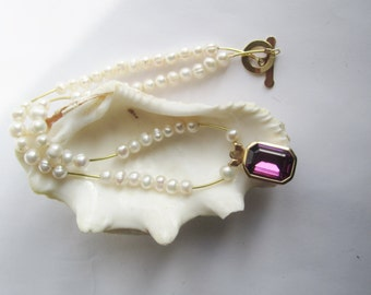 Pearl Necklace ./. Recycled Pendant ./. White Pearls ./. Purple Pendant ./. Collier Perles ./. Goldplated Details ./. Venetian Cristal ./.