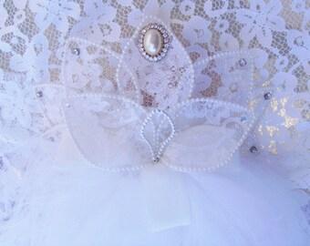 Vintage White Rhinestones and Faux Pearls Bridal Veil