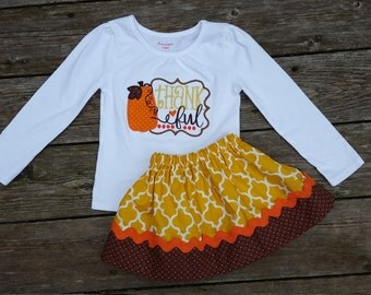 Girls Thankful Thanksgiving Outfit - Mustard Quatrefoil and Brown Skirt with Pumpkin Thankful Shirt
