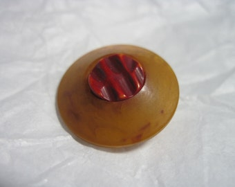 STELLAR Marbled Apple Juice Bakelite Button w/ Red Over Dye Butterscotch Center Button....#33