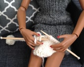 Knitting with Knitting Needles and Yarn Ball for 1/6 scale dioramas or fashion doll houses