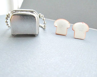 Toaster and Bread NEcklace, comical jewerlry, food jewelry