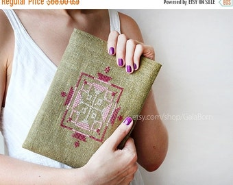 SALE -40% iPad Air case or sleeve - iPad Air case - Linen - Hand embroidery - christmas gift