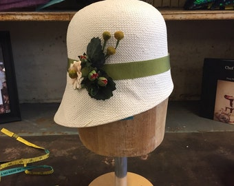 Toyo Straw Cloche With Vintage Strawberry Flowers.  Summer Cloche, Straw Hat, Spring Fashion, Simple Cloche.