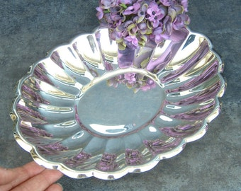 Silver Bowl, Reed and Barton Holiday 113, Silverplate Serving Piece, Oval Scalloped Ruffled, Sparkling, Wedding Shower Buffet