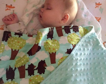 Minky Dot/ PLUSH blankets *Drool Bandana Bibs* created in fabrics you LOVE.