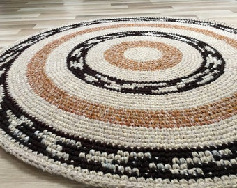 Beautiful crochet round rug, 49 inches in diameter, READY TO SHIP