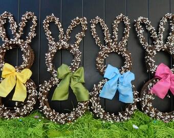 Small Bunny Wreath -Spring Wreath  - Easter Decoration - Mini Wreath - Quick Ship