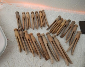 Lot Primitive Antique Wooden Clothes Pins