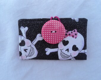 Card Keeper - Wallet - Credit Card Holder -  Pink Glitter Skulls