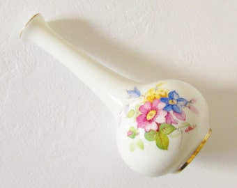 Vintage Royal Worsester Hand Painted Porcelain Bud Vase K Blake signed 1941
