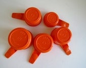Tupperware Measuring Cups - Set of 5 - Harvest Orange - Retro Vintage Tupperware - Baking Master Chef - Kitchen Prep Tools - Molded Plastic