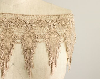 New Item! Emily Beige Feather Fringe Lace Trim / Large Venise Lace Fringe Trim / Bridal / Wedding Dress / Vintage / Flapper / Dangle Lace