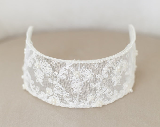 Vintage Lace Bridal Cap, Ivory Lace Cap, Ivory Headpiece, Ivory Lace Crown, Princess Grace, Ivory Veil Cap, Wedding Cap Headpiece - STYLE 33