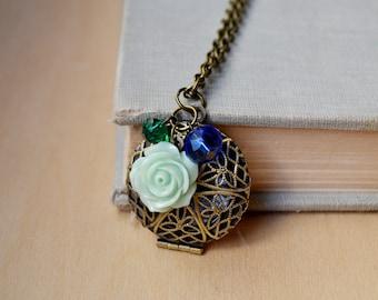 Mint Rose Filigree Diffuser Customized Photo Locket