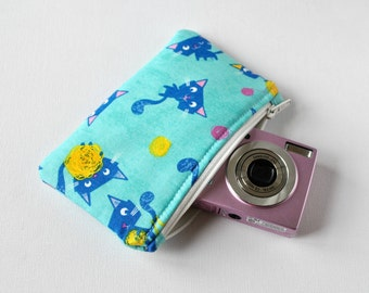 Woman's cat animal gadget padded travel camera pouch mini make up bag pussy cat print in blue and yellow.