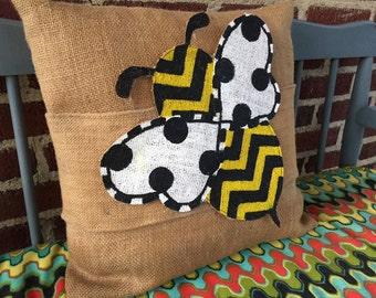 Burlap Pillow Wraps - Bumblebee Betsy