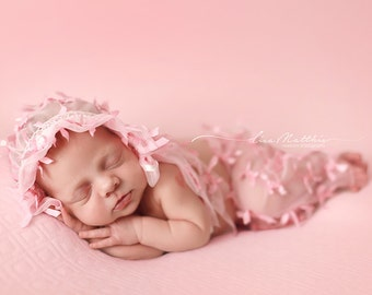 Newborn Baby Pretty N' Pink Pantaloons With Matching Bonnet, Photo Prop Newborn , Photo Prop, Beautiful