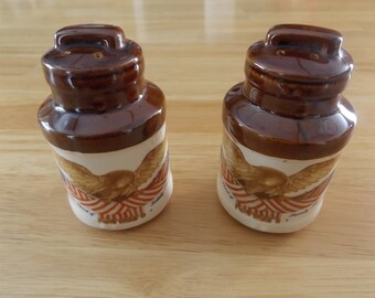 Vintage McCoy Pottery Salt and Pepper Shakers / Anniversary of America Spirit '76 / Brown and Cream Color Milk Cans