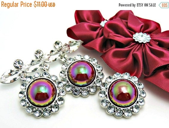 ON SALE 10 Pearl Buttons W/ Rhinestone Acrylic Shiny Iridescent Raspberry Pearl Buttons W/ Clear Surrounding Rhinestones-26mm 3185-50P.