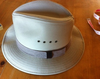 Country Gentleman Khaki Color Canvas Hat Great Summer Hat