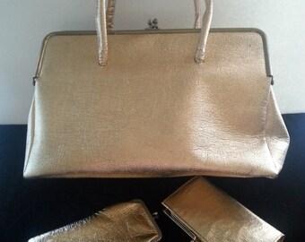 Christmas In July Sale Retro Gold Lame Handbag ** Rockabilly Purse ** Large Vintage Bag ** 1950's 1960's ** Mad Men Mod  ** Matching Wallet