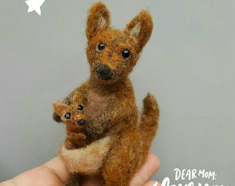 Kangaroo and joey, baby and mommy set, cute felt animals, posable figurines, needle felted, australian wildlife, miniature collectible