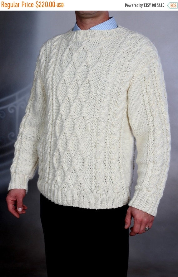 This Men's Handknit Sweater is made from % Pure New wool and has the Honeycomb stitch as the center panel. Buy all your handknit and hand kitted Irish Sweaters from the Aran Sweater Market.5/5.