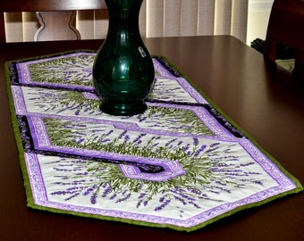Quilted Table Runner - Fields of Lavender Twist Table Runner