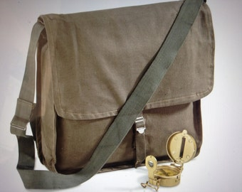 Shoulder Bag / Army Bag / Carry All for Graduate / Vintage Military